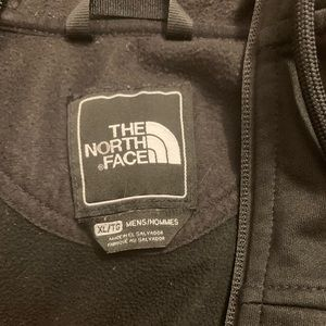 Men's Used North face jacket XL